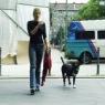 Frau mit Hund 4